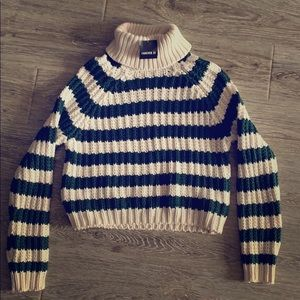 NWT Forever 21 semi-cropped striped sweater size S